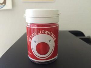 Notfall Clownnase fürs Büro. www.liebeskummerpillen.de