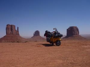 USA, Utah, Monument Valley. Nach etwa 18.000 km Reise. Kulisse des Marlboro-Cowboys.